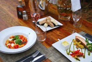 Restaurant ciudad vieja        U$  110.000
